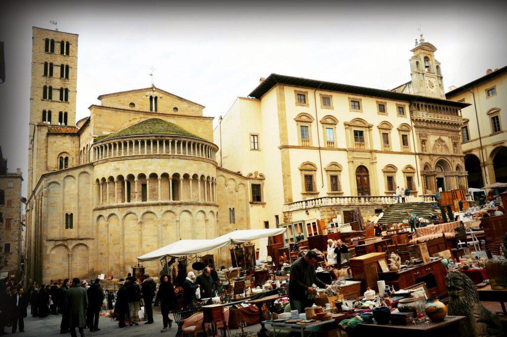 Arezzo and cortona for Arezzo antiquariato